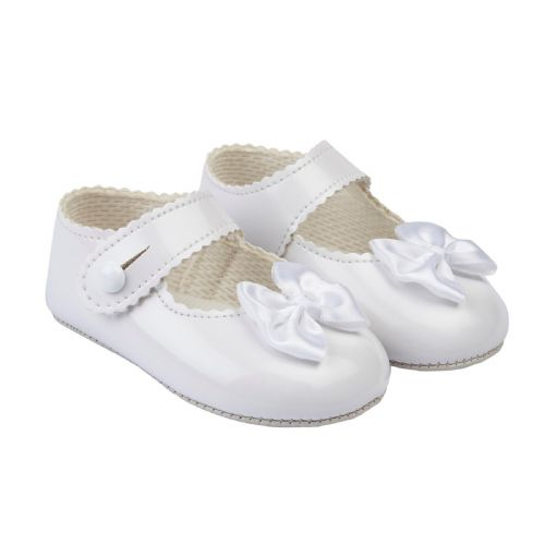 Gorgeous Bay Pods Baby Girl White Pram Shoes with Satin Bow